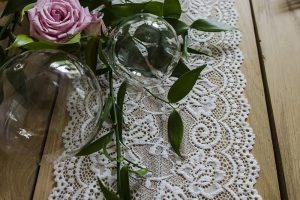 Svatební krajky a dekorační organzy