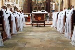 svatebni_vyzdoba_kostela